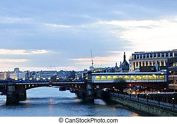 prospekt, na, thames rzeka, na, noc, londyn