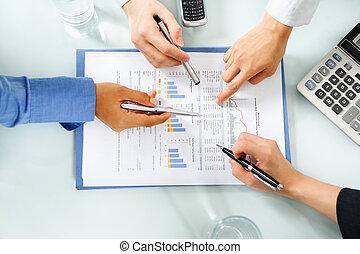 prosperando, examinando, econômico, pessoas, estatística