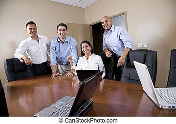 prostřední- dospělý, hispánský, úřadovna dělník, do, boardroom