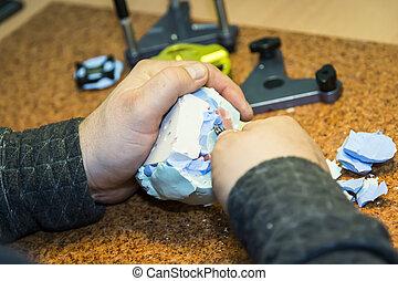 Prosthetics workshop - cutting with scalpel