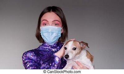 protecteur, chien, masque, femme