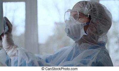 protecteur, covid-19, examiner, pneumonia, concept, rayon x...