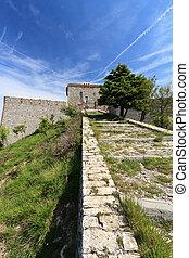 Pruin Castle overr Genoa, Italy