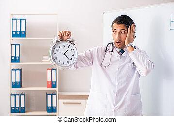 przód, whiteboard, młody doktor