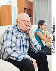 przeciw, przewrócić, smutny, żona, człowiek, senior