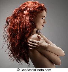 przeciw, szare tło, fryzura, kobieta, piękny, kędzierzawy