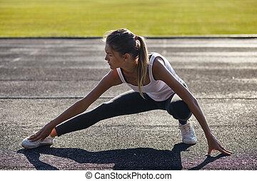 przed, kobieta, atak, ludzie, biegacz, strech, trening, po,...