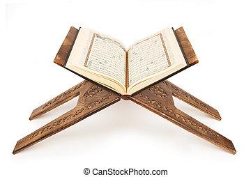 przedimek określony przed rzeczownikami, święty, quran.
