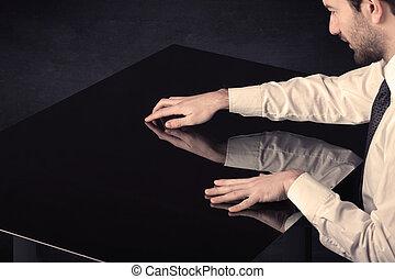 przestrzeń, do góry, ręka, dotykanie, stół, zamknięcie, kopia, mądry
