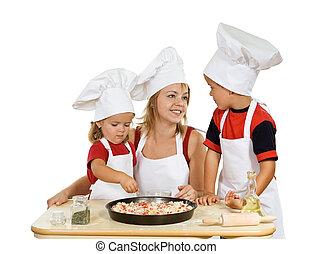 przygotowując, pizza