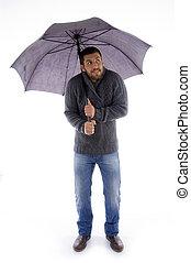 przytrzymując, prospekt, człowiek, parasol, patrząc, przód
