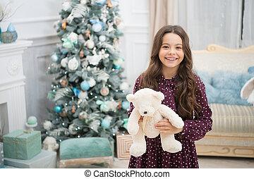 psicológico, menina, pequeno, brinquedo, pelúcia, concept., decorações, melhorar, jogo natal, toy., wellbeing., urso, fundo, criança, ter, criança, brincalhão, presente, árvore, pelúcia, pequeno