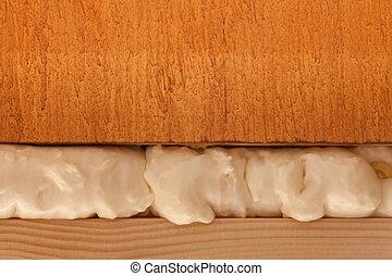 Polyurethane foam fills in gap