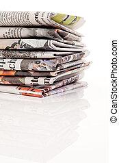 pubblicazione periodica, giornali, vecchio, accatastare