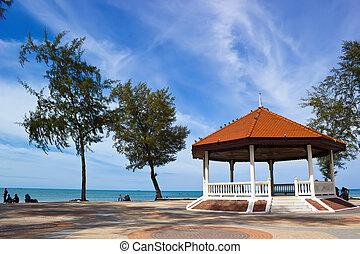 Public house pavilion near the lake