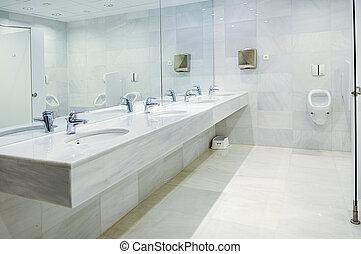 publiek, lege, mannen, restroom, met, washstands, spiegel