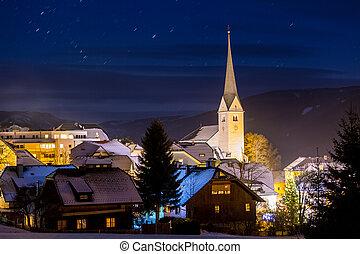 pueblo, grande, noche, austríaco, torre, tierras altas