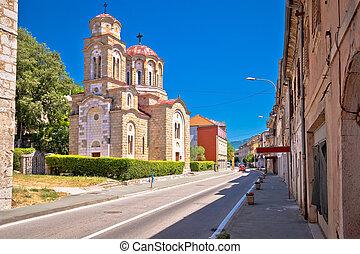 pueblo, knin, ortodoxo, calle, iglesia, vista