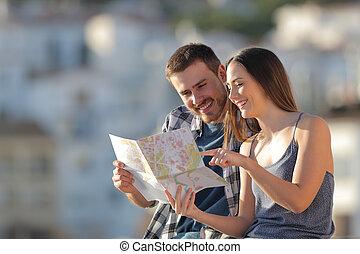 pueblo, verificar, vacaciones, turistas, guía, feliz