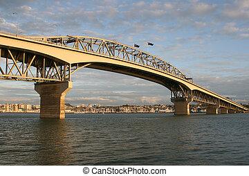 puente, auckland, habour