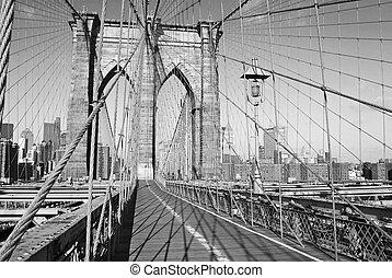 puente, b&w, cubierta