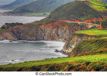 puente, costa pacífica