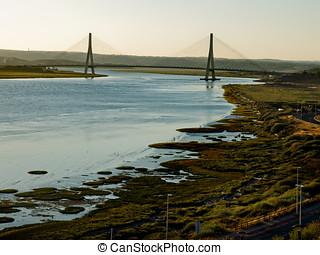 puente, internacional, del, guadiana, bro, över, den, guadiana, flod, in, ayamonte, huelva., spanien