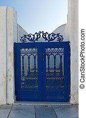 puerta azul, metálico