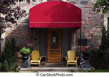 puerta, con, rojo, toldo