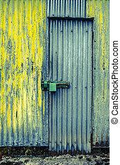puerta, resistido