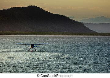 puerto, amarrado, cairns, floatplane