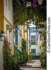 Puerto de Mogan backstreet - Pedestrian alley in the harbor...
