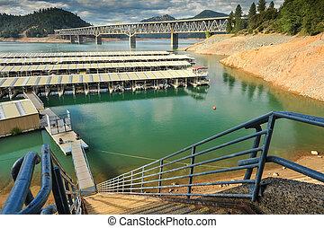 puerto deportivo, escarpado, pasos, lago, shasta