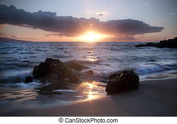 puesta de sol de oro, keawakapu, playa, maui