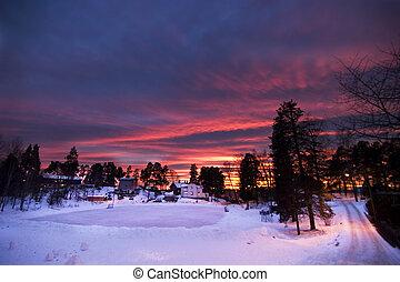 puesta sol púrpura