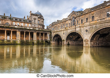 Pulteney Bridge Bath England - Completed in 1774 designed by...