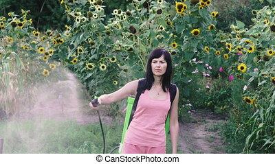 pulvérisateurs, femme, sprayer., récolte, insects.