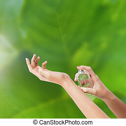 pulvérisation, mains, femme, parfum