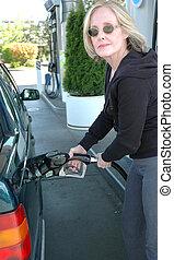 pumpa, kvinnlig, gas.