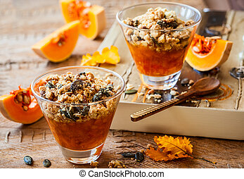 Pumpkin crumble - Sweet pumpkin crumble with pumpkin seeds...