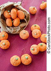 Pumpkin marshmallows - Pumpkin shaped marshmallows for ...