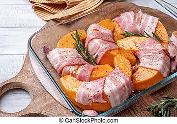 pumpkin with bacon, rosemary and garlic