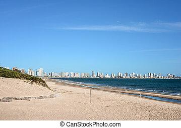 punta, 建物, アパート, ウルグアイ, este, クラブ, ヨット, 海岸, del, 大西洋, 浜