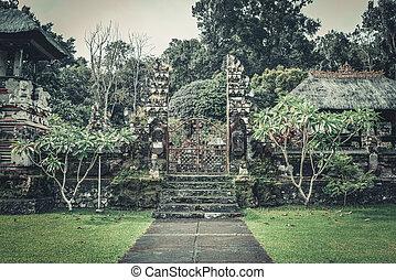 Pura Luhur Batukau Batukaru Hindu temple