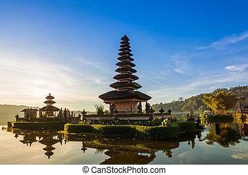 Pura Ulun Danu Bratan at sunrise, Bali - Pura Ulun Danu ...