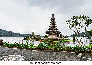 Pura Ulun Danu Bratan, Hindu temple on Bratan lake, Bali, ...