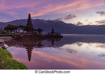 Pura Ulun Danu Bratan Temple. Bali, indonesia.