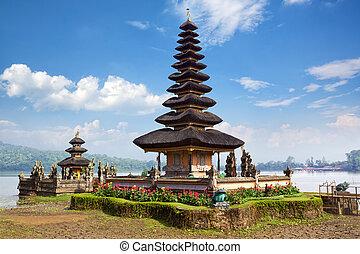 Pura Ulun Danu Bratan temple on the lake Beratan, Bali, ...