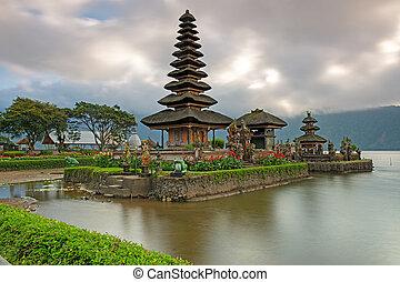 pura ulun danu, bratan, templo, en, bali, indonesia