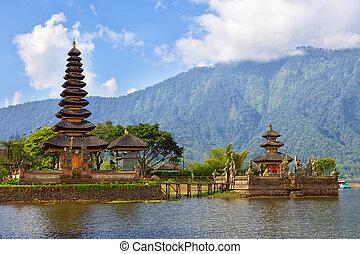 Ulun Danu - Pura Ulun Danu on lake Bratan, Bali, Indonesia